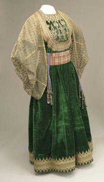 Dress Codes Revealing The Jewish Wardrobe 24 Feb 2014
